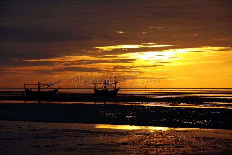 Download Coastal Of Thailand At Sunrise. Stock Image - Image: 26610611