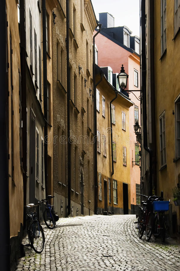 Download Cobbled Straße stockbild. Bild von städtisch, schweden - 12201265