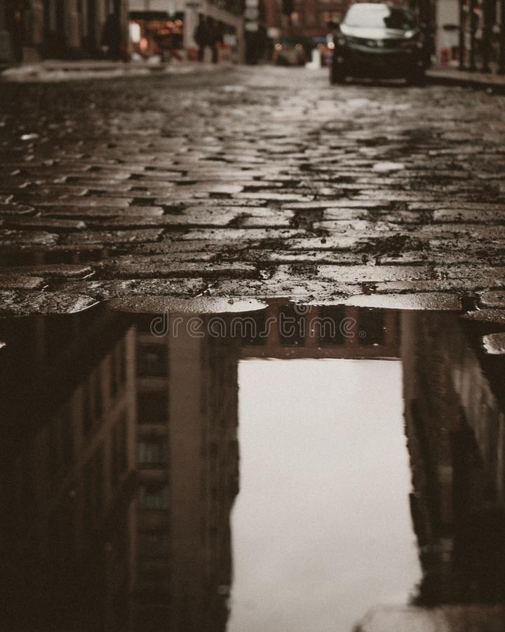 Free Cobblestone Street Reflection In The West Village Stock Images - 108068684