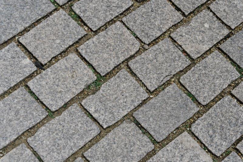 Cobblestoned in einer Straße auf Straßburg Frankreich lizenzfreie stockfotos
