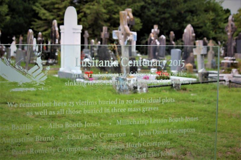 Cobh okręgu administracyjnego korek, Irlandia, Sierpień,/- 14 2018: Stary Kościelny cmentarz w Cobh jest punktem zwrotnym ma maso obraz stock