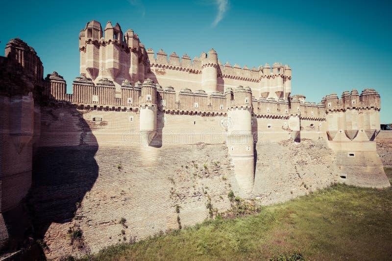Coca Castle (Castillo de Coca) är en befästning som in konstrueras royaltyfria bilder