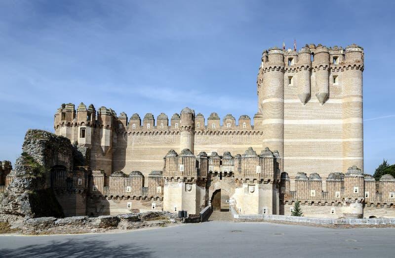 Coca Castle Castillo de Coca i det Segovia landskapet royaltyfria foton