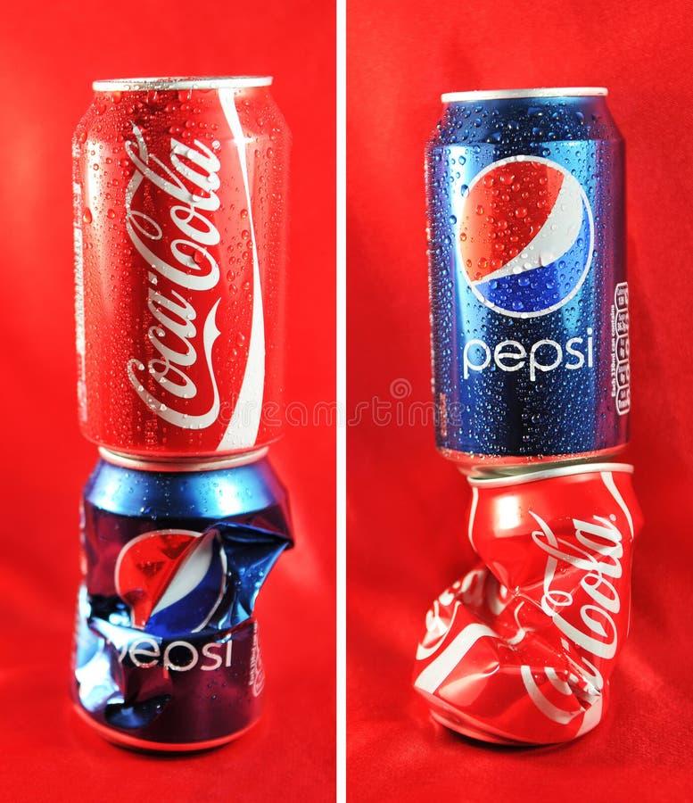 Coca-cola contre Pepsi-cola photographie stock