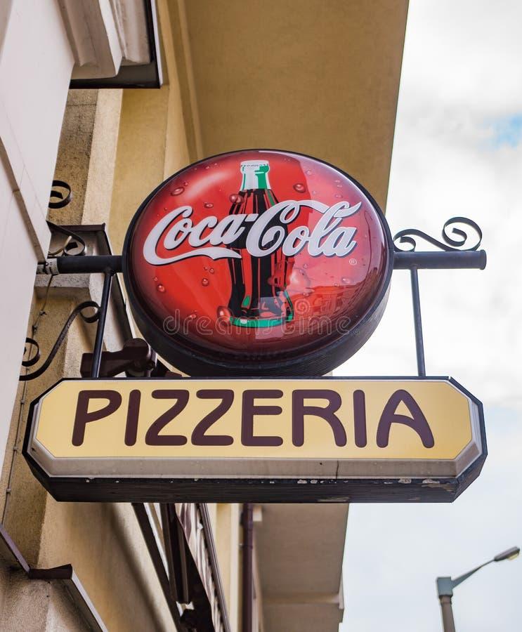 Coca-cola e pizzeria immagine stock libera da diritti