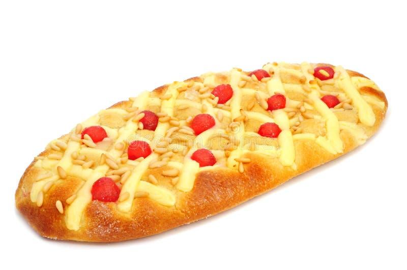 Coca de Sant霍安,从卡塔龙尼亚,西班牙的典型的甜平的蛋糕 免版税库存照片