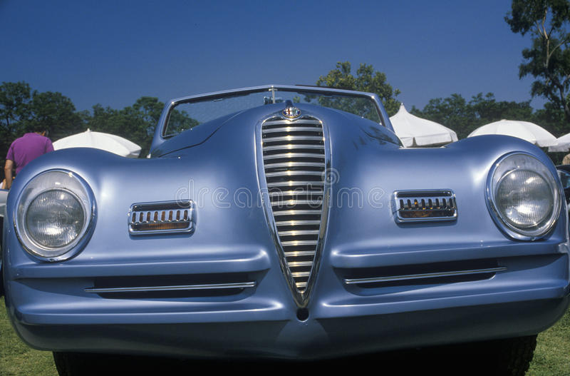 Coche antiguo en Beverly Hills Car Show, Beverly Hills, California imagen de archivo libre de regalías