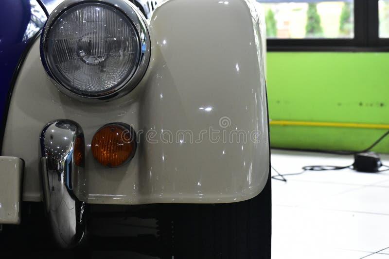Coche antiguo viejo para los colectores viejos del coche fotografía de archivo libre de regalías