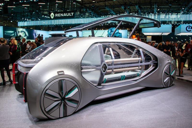 Coche autónomo del concepto del taxi de Renault EZ-GO imagen de archivo