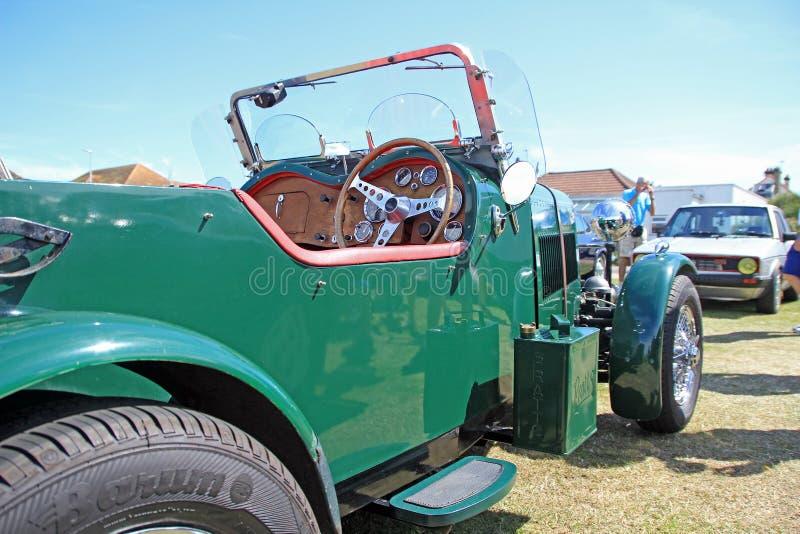 Coche convertible del magnesio del vintage imagen de archivo