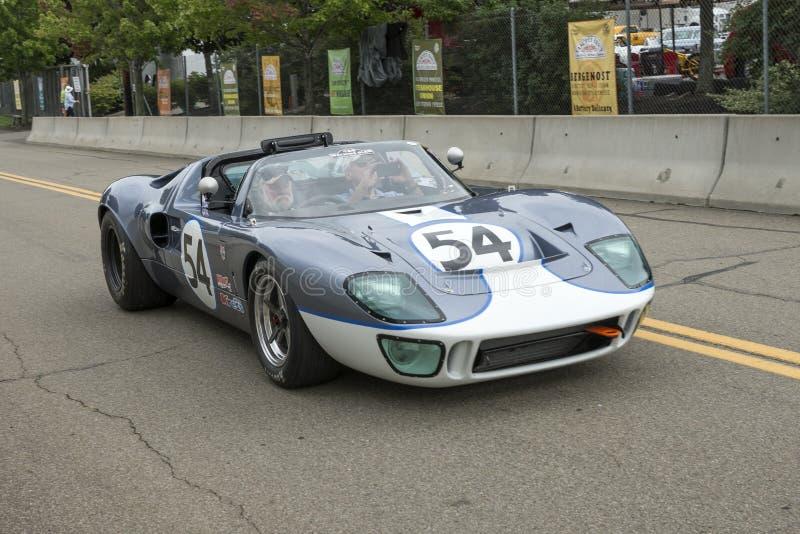 Coche de carreras de Ford GT 40 fotos de archivo