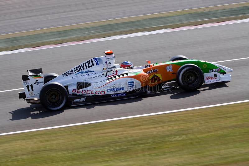 Coche de competición de Renault de la fórmula imagen de archivo libre de regalías