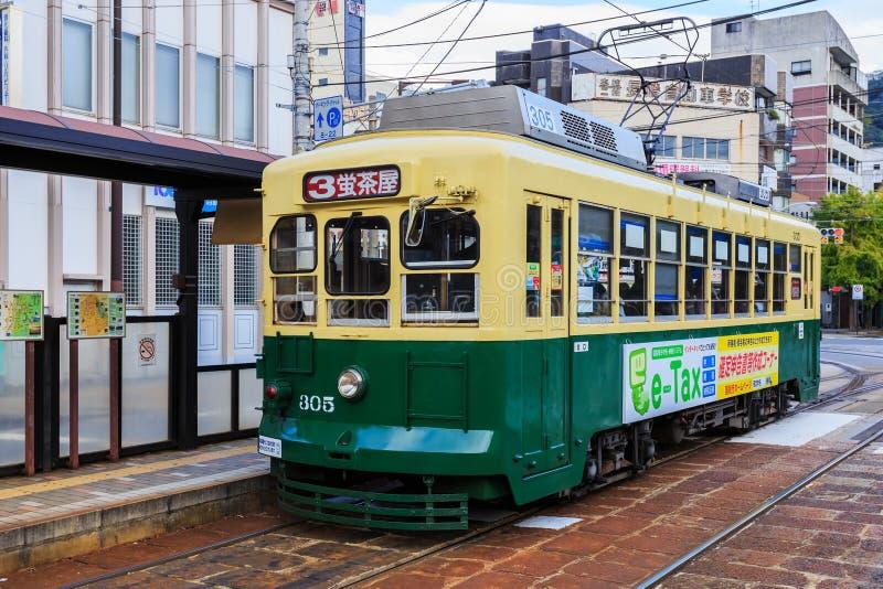 Coche de la calle en Nagasaki fotografía de archivo