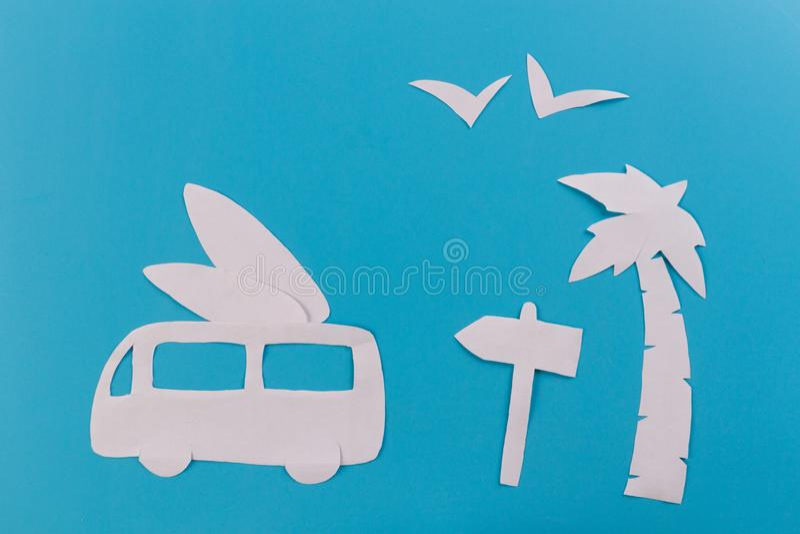 coche de la resaca en la playa fotos de archivo