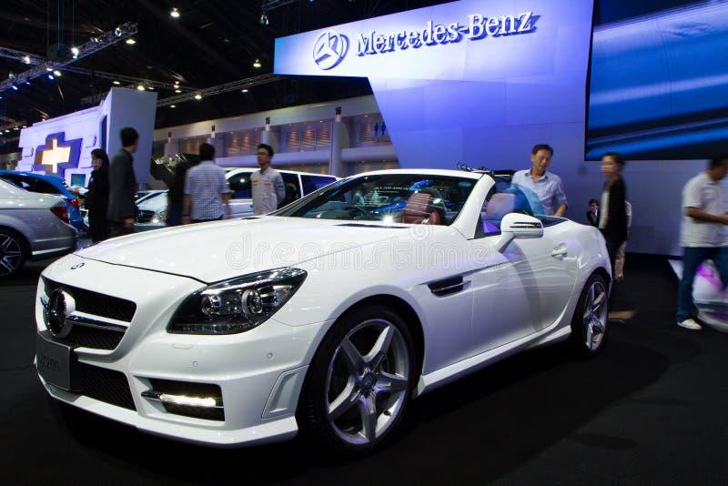 Coche de Mercedes-Benz SLK200 en expo internacional del motor de Tailandia imagen de archivo