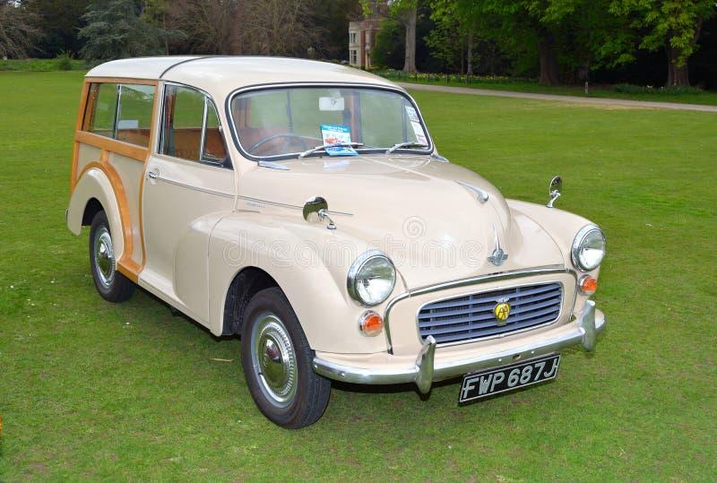 Coche de motor poner crema clásico de Morris Traveller foto de archivo