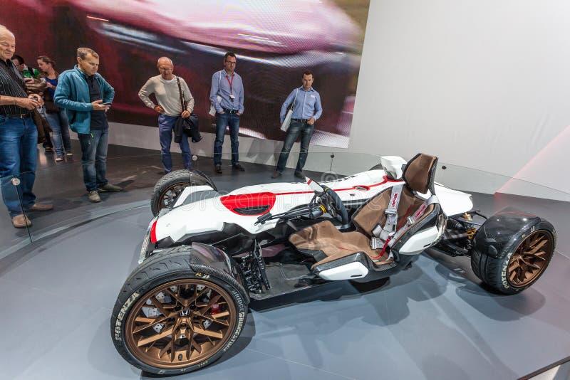 Coche del concepto del proyecto 2 y 4 de Honda en el IAA 2015 imagen de archivo libre de regalías