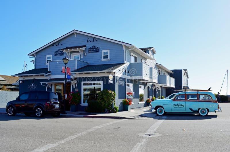 Coche del vintage, bahía de Morro, San Luis Obispo County, California foto de archivo