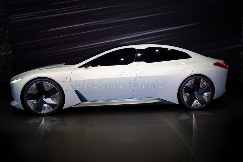 Coche el?ctrico del concepto de la din?mica de BMW i Vision imagen de archivo libre de regalías