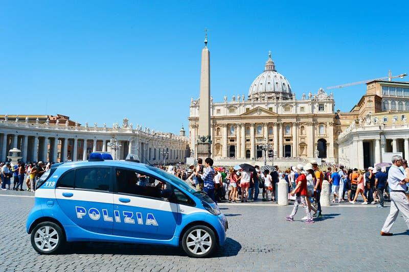 Download Coche policía del Vaticano foto editorial. Imagen de seguridad - 44850866