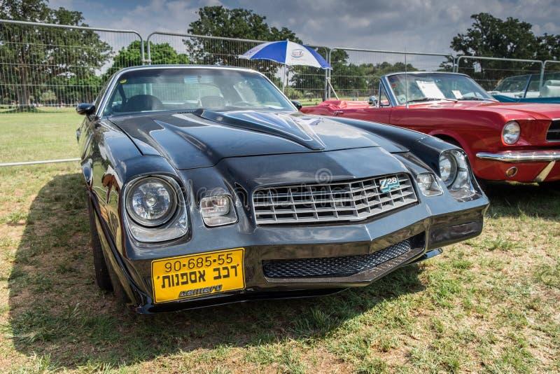 Coche presentado en la demostración de coche anual del oldtimer, Israel del vintage de Chevy Z28 Camaro imagenes de archivo