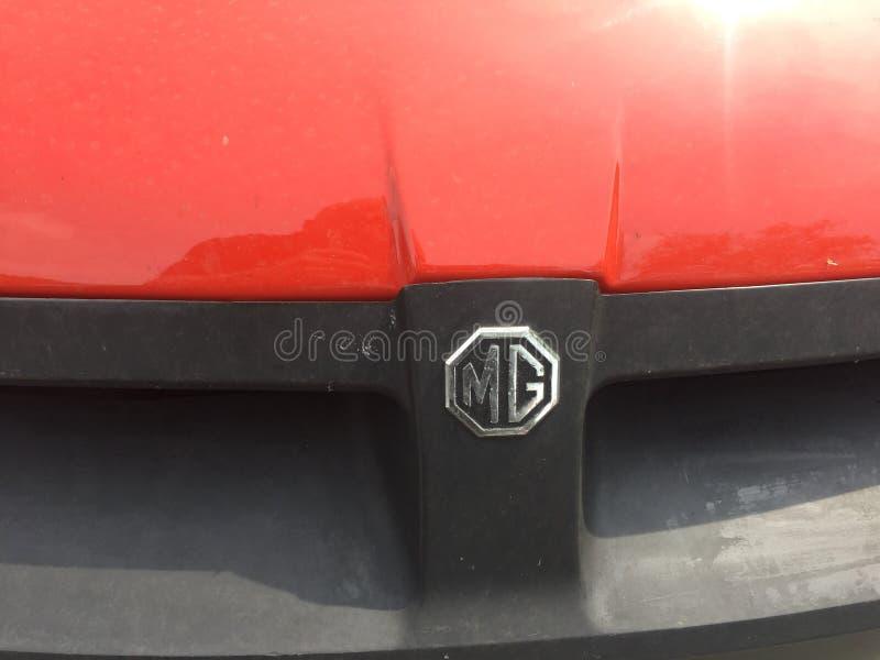 Coche rojo de MG del vintage imagen de archivo