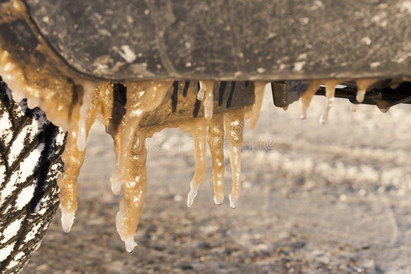 Coche sucio, invierno imagen de archivo libre de regalías