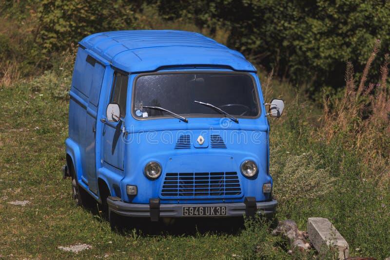 Coche viejo de Renault Estafette en Francia fotos de archivo libres de regalías