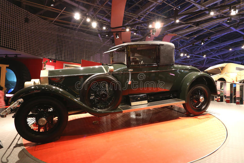 Coche viejo de Rolls Royce fotos de archivo