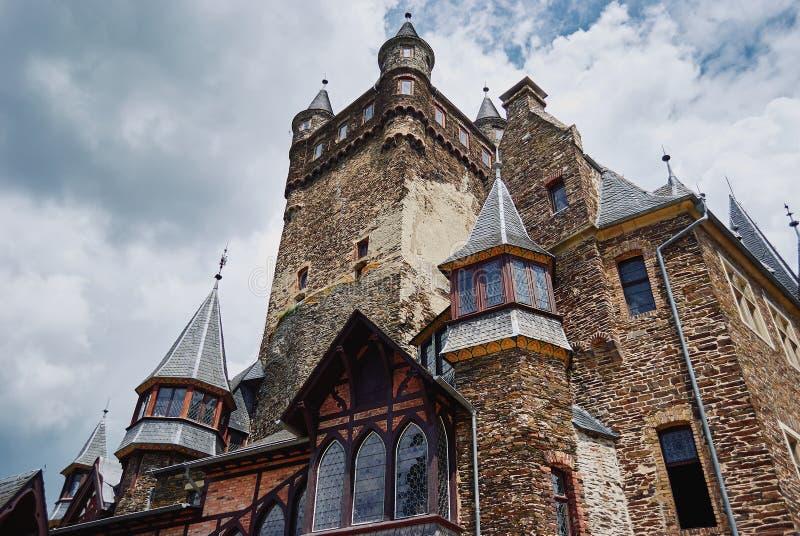 Cochem, Renania Palatinato, Germania, il 6 giugno 2018: Vista del castello di Reichsburg Cochem fotografie stock