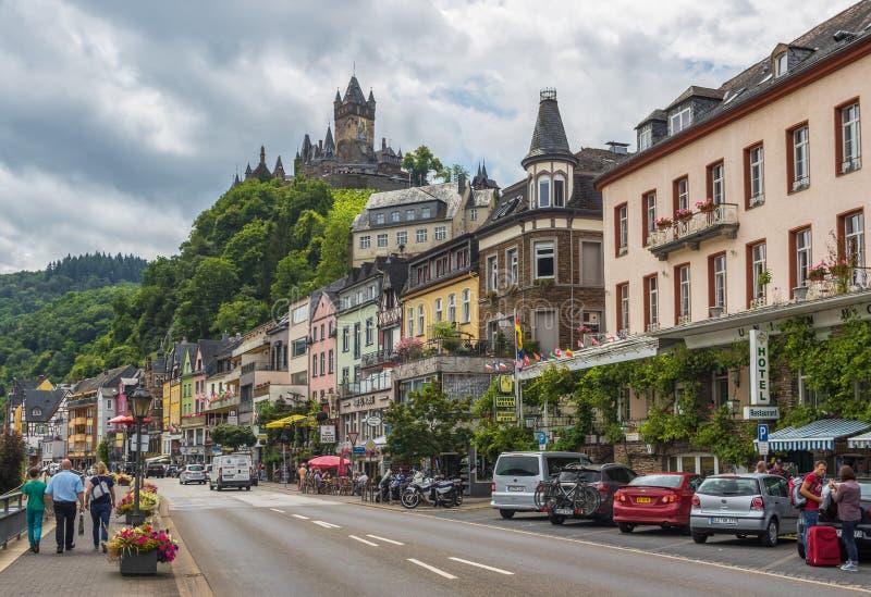 Cochem slott, Moselle dal germany arkivfoton