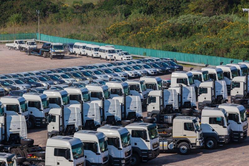 Coches de los camiones de los vehículos nuevos imágenes de archivo libres de regalías