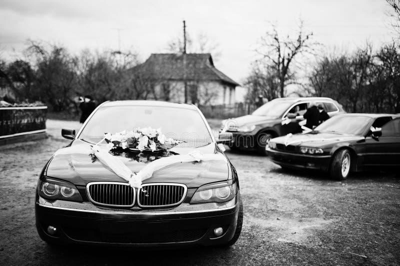 Coches de lujo de la boda con la decoración fotos de archivo libres de regalías