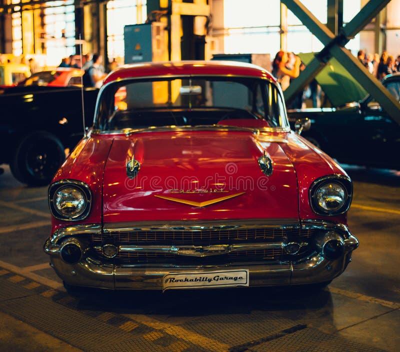 coches retros 1957 de Chevrolet Bel Air de la muestra vieja imágenes de archivo libres de regalías