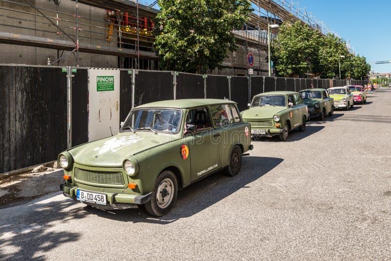 Coches trabantes alemanes de RDA en Berlín imagen de archivo libre de regalías