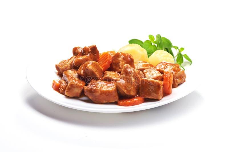 Cocido húngaro, caldo de buey con las patatas fotos de archivo libres de regalías