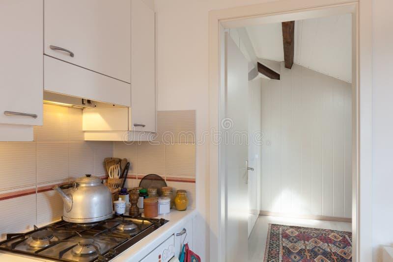 Cocina, cocina de gas imagen de archivo libre de regalías