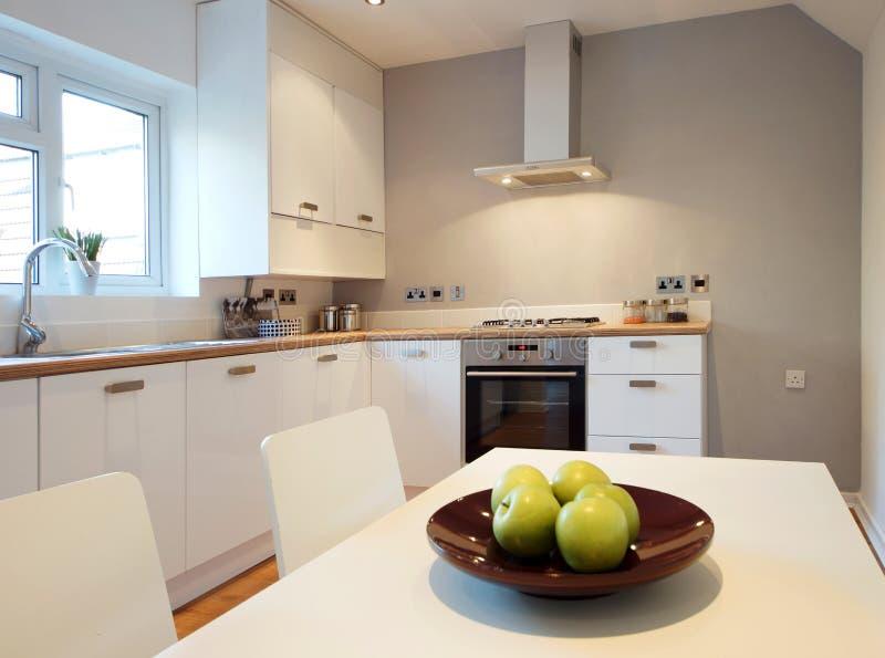 Cocina de la casa imagen de archivo