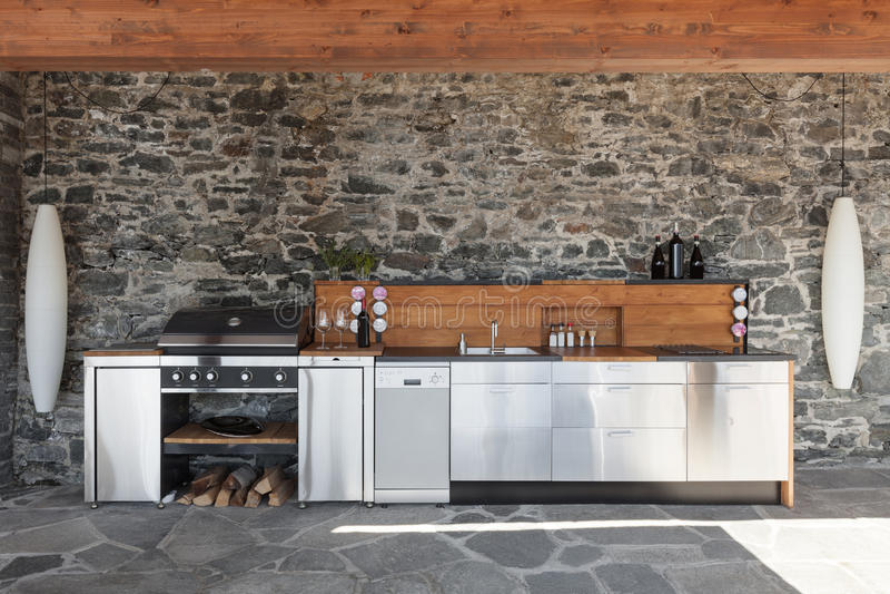 Cocina Moderna, Al Aire Libre Imagen de archivo - Imagen de patio ...