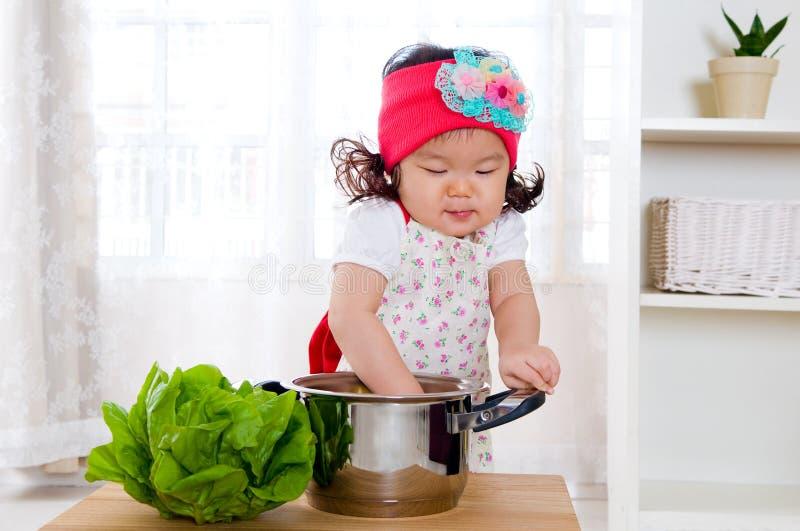 Cocinero joven fotos de archivo