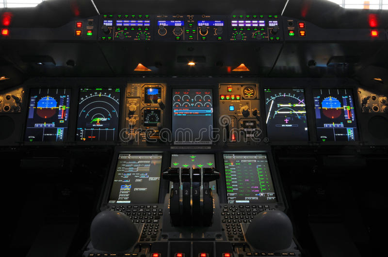 Cockpit Airbusses A380 stockfotos