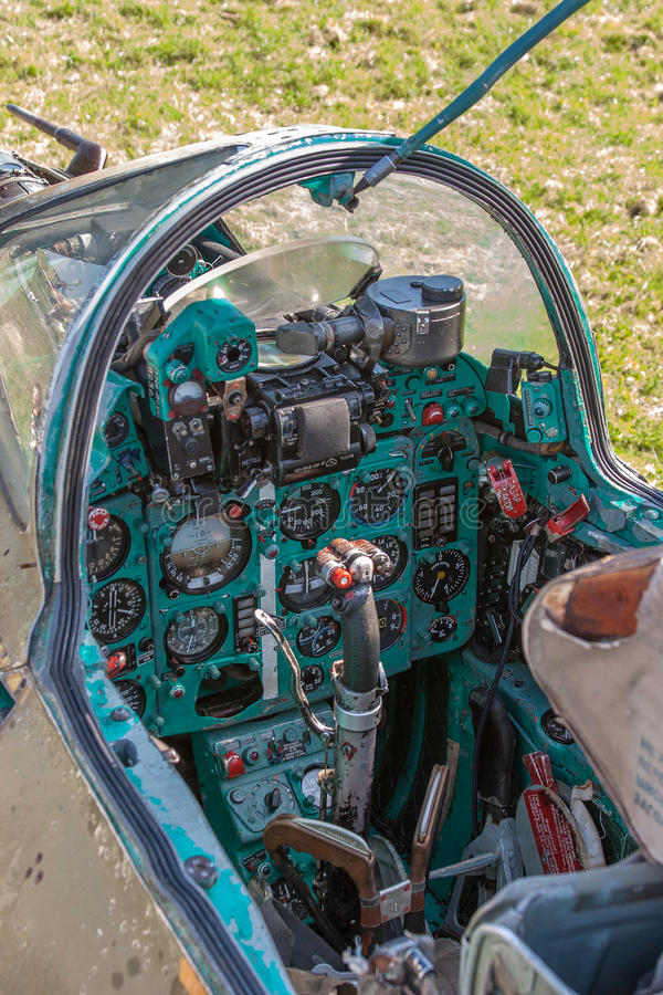 Cockpit des Sowjets Jetfighter Mig stockfotos