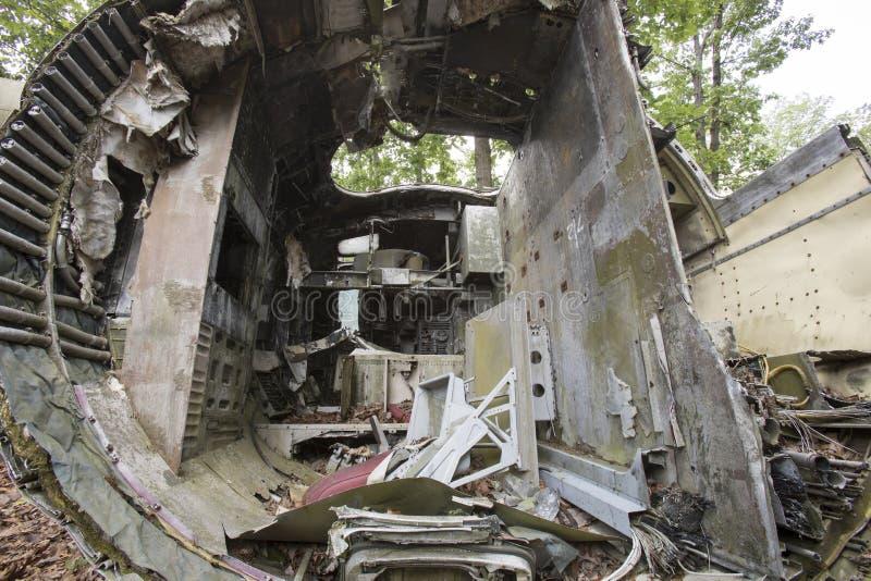 Cockpit des zerschmetterten Flugzeuges lizenzfreie stockfotos