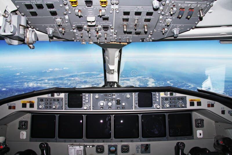 Cockpit tijdens de vlucht stock foto