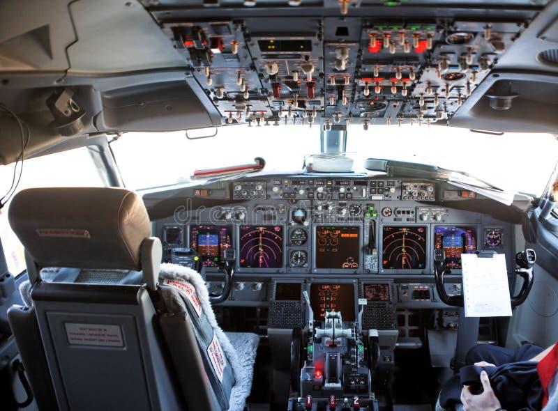 cockpit van een vliegtuig stock afbeelding afbeelding