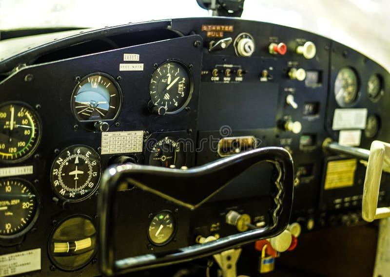 Cockpit van een vliegtuig stock fotografie