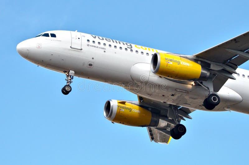 Cockpit van Vueling Airlines-vliegtuig royalty-vrije stock foto's