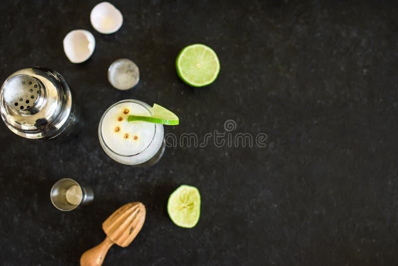 Cocktail ácido de Pisco imagem de stock royalty free