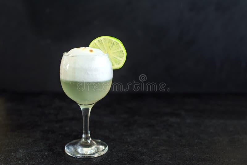 Cocktail ácido de Pisco foto de stock