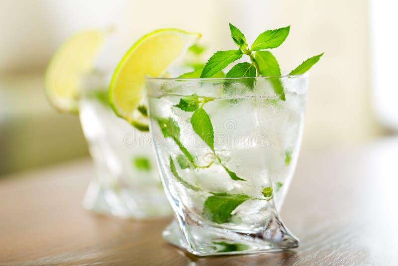 Download Cocktail fotografia stock. Immagine di latino, bevanda - 117977534